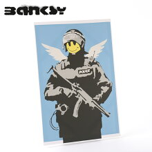 "BANKSYCANVASARTキャンバスアートファブリックパネル""FlyingCopper""60cm×40cmバンクシーギフトトラッド"