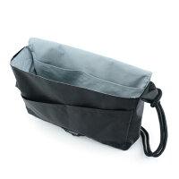 撥水頭陀袋(大)/撥水生地を採用した頭陀袋、軽さも魅力/B4サイズよこ向きが入る大きさ