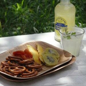 木をプレスして作ったお皿。ほのかに香る木の香。木皿 和食器 洋食器KIZARA(角皿) 8枚 【木製...