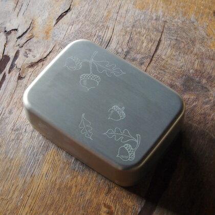 noren kyoto gion rakuten global market papyrus bento box gold nut lunch box gold hollow. Black Bedroom Furniture Sets. Home Design Ideas