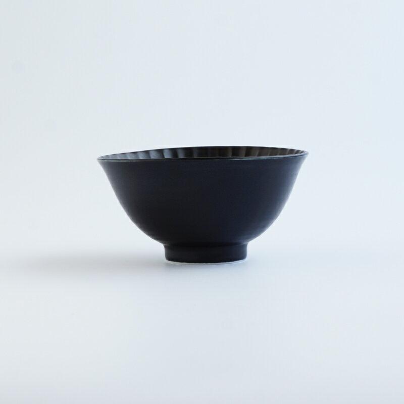 『しのぎ茶碗 小』ボール 黒マット 北欧ギフト 陶器 通販 デザイン おしゃれ かわいい テーブル 有田焼 一龍陶苑 10P03Dec16