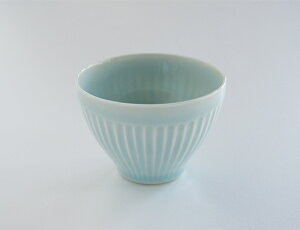 【食器】【青磁】【せん茶】 『しのぎ煎茶碗』カップ(径85mm×62mm高170cc) 青磁 北欧 ギフト ...