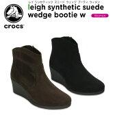 【25%OFF】クロックス(crocs) レイ シンセティック スエード ウェッジ ブーティ ウィメン(leigh synthetic suede wedge bootie w)/レディース/ブーツ[r]【ポイント10倍対象外】