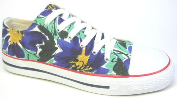 【青い花】●こだわり派の方やコンバースのオールスター派のオシャレさん必見のスニーカーです!画像