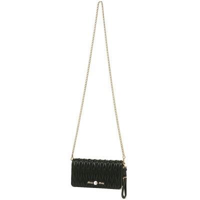30代女性に人気の「ミュウミュウ」レディースバッグ