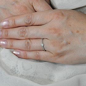 K18WG・ダイヤ0.08ctクラシカルソリティアリング指輪