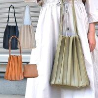 カヌレバッグ プリーツトートバッグ バッグインバッグ付き  クラッチバッグ ショルダーバッグ 結婚式 パーティー バッグ 二次会 食事会 お出かけ お呼ばれ トレンドのプリーツバッグ ユニークなデザインのバッグ レディース 送料無料 mimi みみミミ ba301
