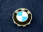 BMW 1シリーズ(E81・E82・E87・E88)、3シリーズ(E46・E90・E91・E92・E93)、5シリーズ(E39・E60・E61・F07・F10・F11)その他多数純正 センターキャップOE番号:36136783536