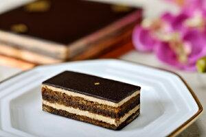ダロワイヨ発祥、7層のチョコレートケーキ。<ダロワイヨ>【 オペラ 小 】[チョコレートケーキ...