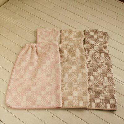 【日本製】デザインを楽しむ。上質なジャガード織り技術サンフォーキン綿 ベビー綿毛布ケープ...