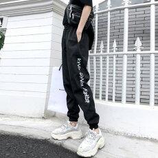 【即納あり】ジョガーパンツシャカシャカナイロンサイドラインテキストロゴウエストゴムスポーティストリートボトムスダンス衣装ヒップホップコスチューム韓国ファッション大きいサイズ個性的服原宿系