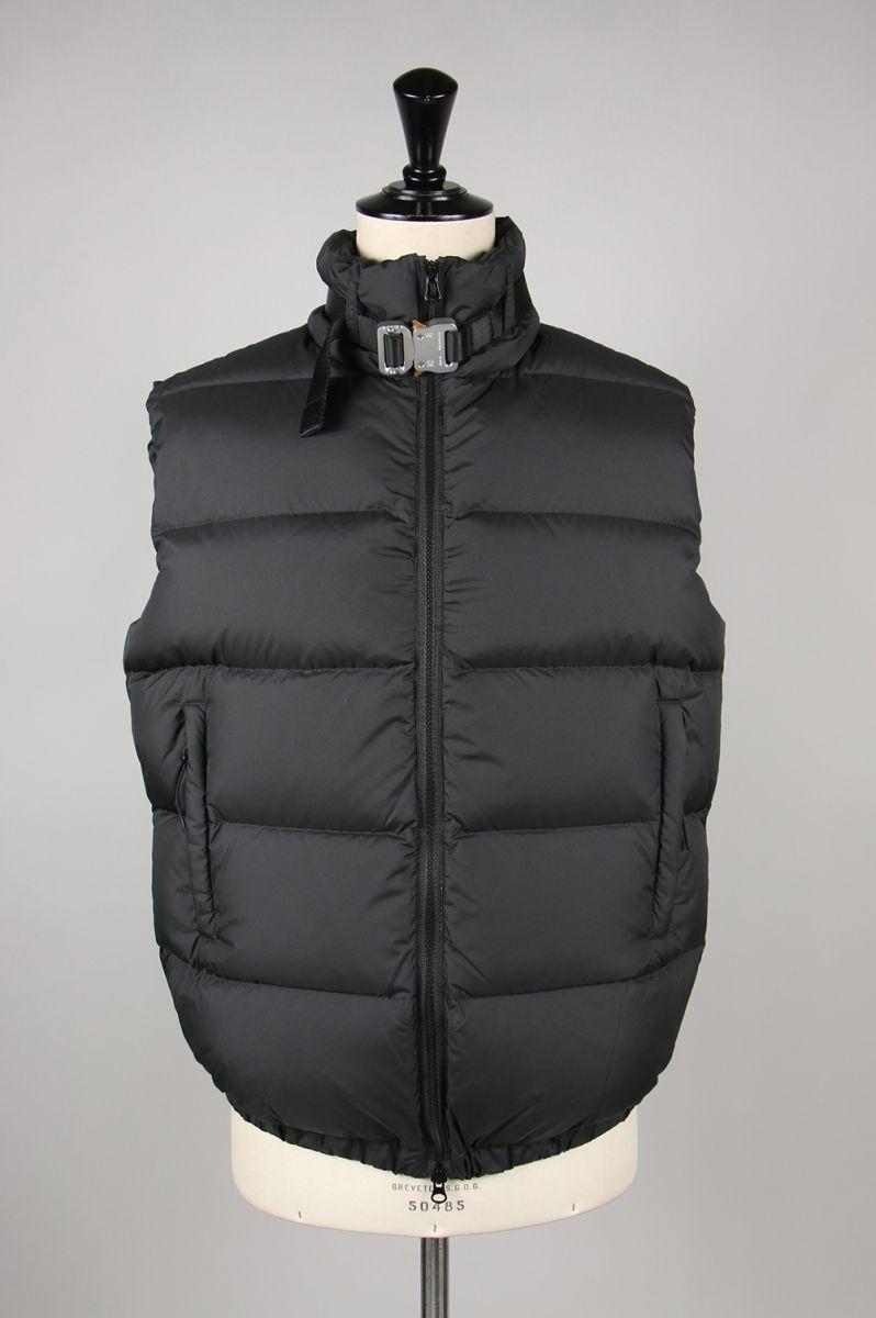 メンズファッション, コート・ジャケット 20OFFPUFFER VEST W NYLON BUCKLE(AAUOU0030FA01BLK0001) 1017 ALYX 9SM()