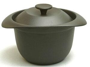重い鋳物の蓋が少量のごはんでも ふっくらと炊き上げるご飯鍋。 中・外蓋の特殊構造で炊きムラ...