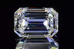 エメラルドカットダイヤ0.7カラットDカラーフローレス最高品質鏡の輝きと透明感さんダイヤGIA鑑定書刻印つき