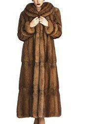 軽くて柔らかくて暖かい毛皮がいい!もちろん北欧のSAGAブランドがいい!自分サイズのオーダー...
