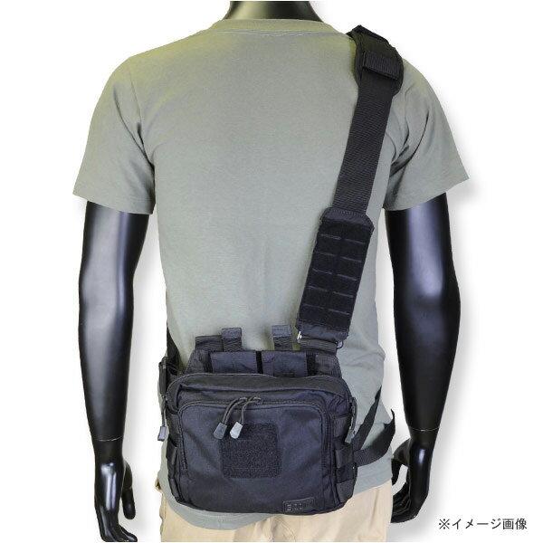 5.11タクティカル ショルダーバッグ 2Banger 56180 [ ブラック ] 56180-236 5.11Tactical ショルダーバック メッセンジャーバッグ かばん カジュアルバッグ カバン 鞄 ミリタリー 帆布 斜めがけバッグ 肩掛けバッグ