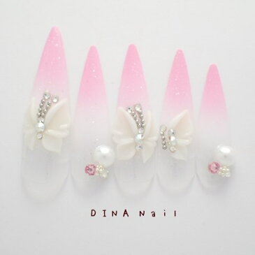 【ネイルチップ】【ロング】ピンクホワイトグラデーション蝶3Dアート ブライダル ウェディング 結婚式 成人式 長いネイルチップ