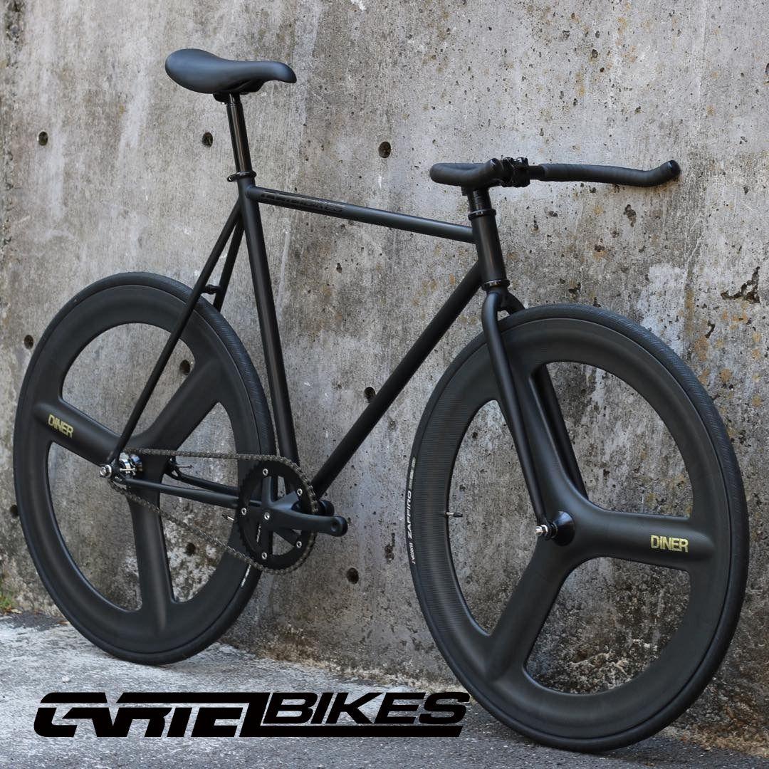 自転車・サイクリング, ピストバイク CARTEL BIKES AVENUE LO DINER FRONT REAR CARBON 3 SPOKE CUSTOM MAT BLACK