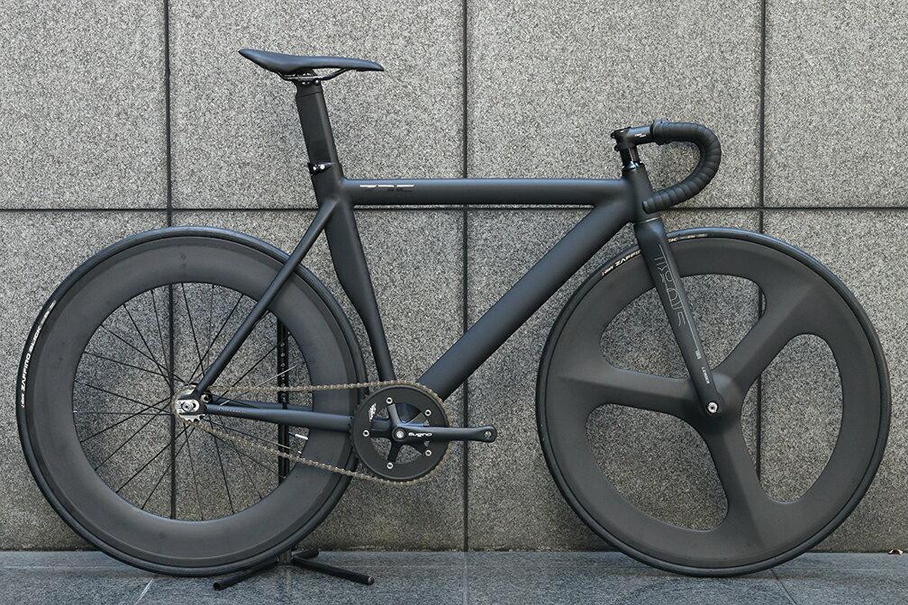 自転車・サイクリング, ピストバイク  LEADER BIKES 725TR FRONT 3SP REAR 88mm CARBON WHEEL CUSTOM BIKE BLACK