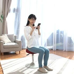 ○ダイニングテーブルに置いてスクワット