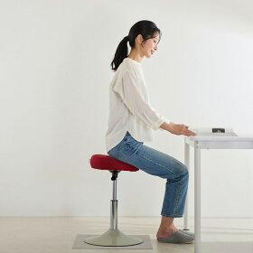 シリンダーが上昇時の動作を程よくサポート。良い姿勢をキープしやすく、ヒザや腰にかかる負荷を軽減!