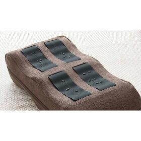 EMSのレベルは15段階。刺激を感じにくい場合は、黒い導電パッドの部分を水などで軽く濡らしてお使いください。※本体は防水仕様ではありません。パッド部分以外を濡らさないでください