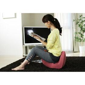 座ると骨盤が立った美姿勢を自然に意識し、骨盤周りの筋肉にスイッチが入ります。