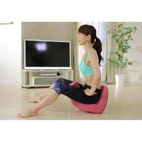 座っているだけでも十分ですが、さらに体を動かすことでエクササイズに!従来モデルから底面に丸みを持たせた設計に。座ると前後、左右に体が揺れて、腰をぐるりと360度動かせるようになりました。ポッコリお腹はもちろんクビレにもアプローチ!