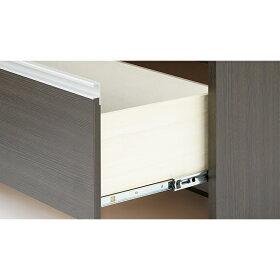 引き出しは奥までスムーズに開閉できるストッパー付きスライドレールを採用。