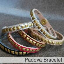 Padovaブレス・Diral代官山の5mmピラミッドスタッドヌメ革ブレス人気商品