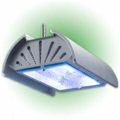 コンパクトなサイズでありながら、高い照射量と広い照射範囲を実現した150Wメタルハライドラン...