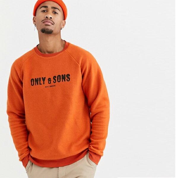 Only&Sonsリバースファブリックロゴスウェットオレンジ トレーナー インポート 大きいサイズ 20代 30代 40代 インポート ブランド