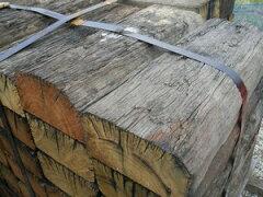 【レビューを書いて送料無料】ガーデニングに最適!高耐久な天然木!豪州産 中古カット枕木・80...