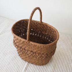 山葡萄のバッグ