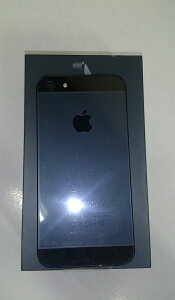 【au】APPLE≪auiPhone532GB≫[ブラック&スレート][状態:A-1][1ヶ月保証]