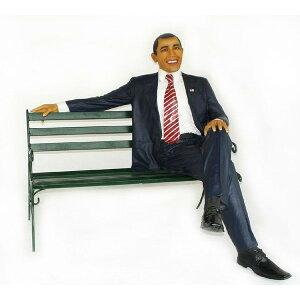 『オバマ大統領』の等身大フィギュア!オバマ大統領 シッティング with ベンチ・等身大フィギュア