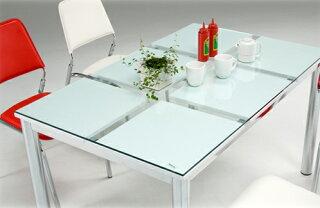 〔ガラス製〕カジュアルデザイン130cm幅ダイニングテーブル〔ホワイト(白)〕
