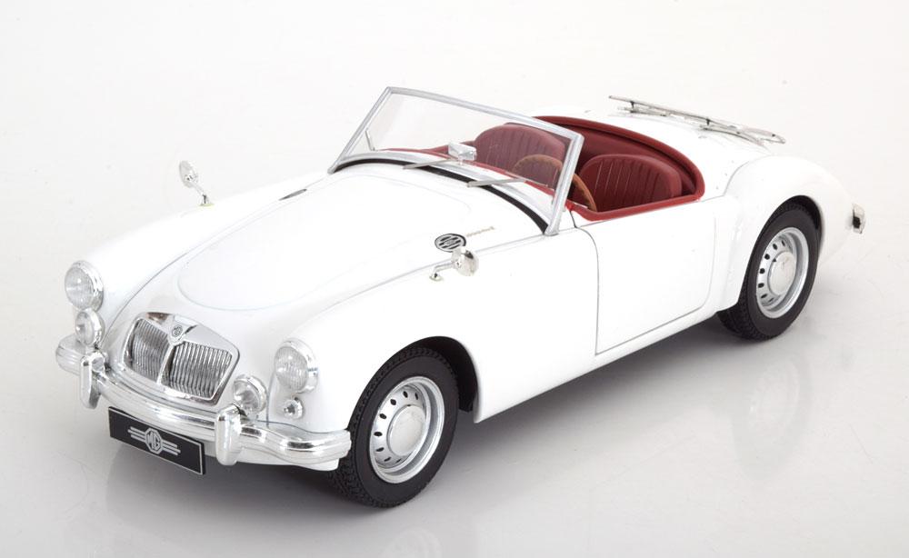 車, ミニカー・トイカー Tripple 9 1:18 1961 MGA MKII A1600 1961 MGA MKII A1600 open convertible with Luggage Rack. Diecast model with opening front doors