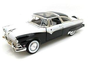 Road Signature 1/18 ミニカー ダイキャストモデル 1955年モデル フォードクラウン ビクトリア1955 Ford Crown Victoria