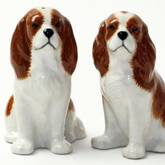【アウトレット】キャバリア・キングチャールズスパニエルの塩コショウ入れ イギリス Quail Ceramics 動物 置物 オブジェ インテリア 北欧 モダン 磁器製 ヨーロッパ市場向け製品 犬好き わんこ[ドゥナパール]