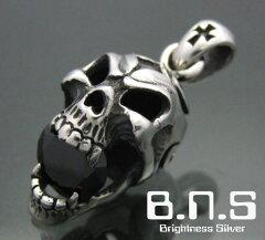 宝石に噛み付く髑髏CZバイトトライバルレイジスカルペンダント ブラック シルバー925,ジルコニア