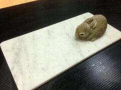 大理石ビアンコカララうさぎやフィレットにオススメのクールマット♪イタリアの大理石気持ちが...