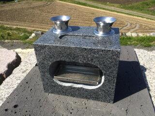 グレー系御影石(G654)の香炉と花立と水鉢の一体型