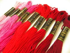 オリムパス ししゅう糸(2*赤系)*刺繍糸刺しゅう糸【同色3本以上はお取り寄せの場合がございます。ご了承くださいませ】