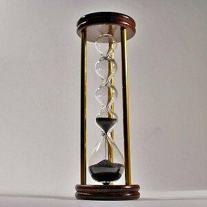 職人が工房でひとつひとつ手作りする誤差が少ない砂鉄を使用した「職人の手作り砂時計(3分計)...
