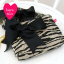 ララ&ハートの2011SS新作!標準的な折り財布も納まる、ポストカードサイズ!化粧ポーチとして...