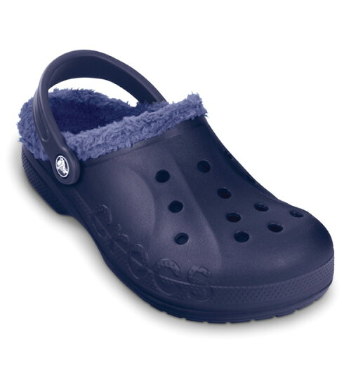 7b5b6faa338a Baya Lind Crocs classic is the winter version. Molded cross   light   material slip-on clog type. Use a fluffy plush material fleece lining and  great warmth.