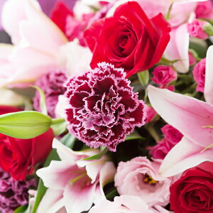 お祝いの席に相応しい華やかな花束花束「ミル・フルール〜お洒落な贈り物〜」