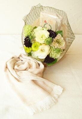 オーガニックコットンのガーゼマフラーとお花の母の日ギフト♪【送料無料!】母の日♪お花コラ...