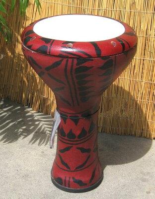 北アフリカ出身の打楽器軽快な音が鳴り響きます。ファイバーグラス・ドゥンベック(ダラブッカ...